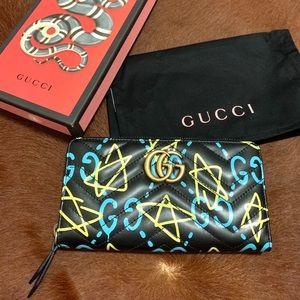 Gucci Marmont Ghost Zip Around Wallet
